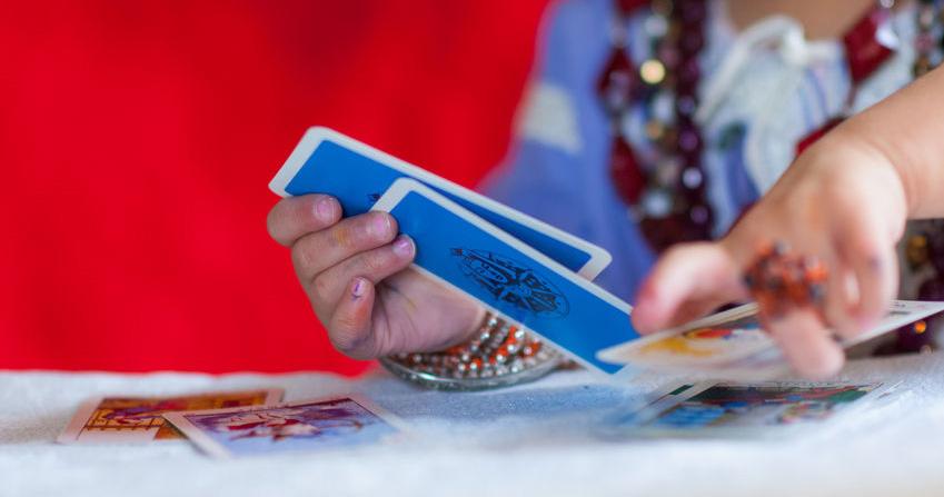 ללמוד קריאה בקלפים