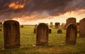 לשכב עם המתים בחלום